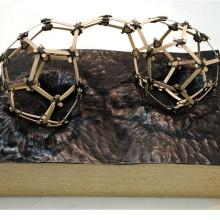 Bozzetto: Fragile Continent. 2013, Tiglio, Pelle.25x35x16 cm